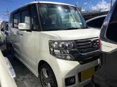沖縄の中古車 ホンダ N BOXカスタム 車両価格 89万円 リ済込 平成24年 9.9万K パール