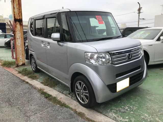 沖縄の中古車 ホンダ N BOX 車両価格 77万円 リ済込 平成25年 12.6万km グレー
