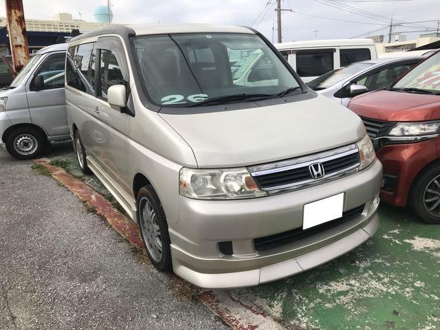 沖縄の中古車 ホンダ ステップワゴン 車両価格 25万円 リ済込 2003(平成15)年 7.5万km シャンパンゴールド