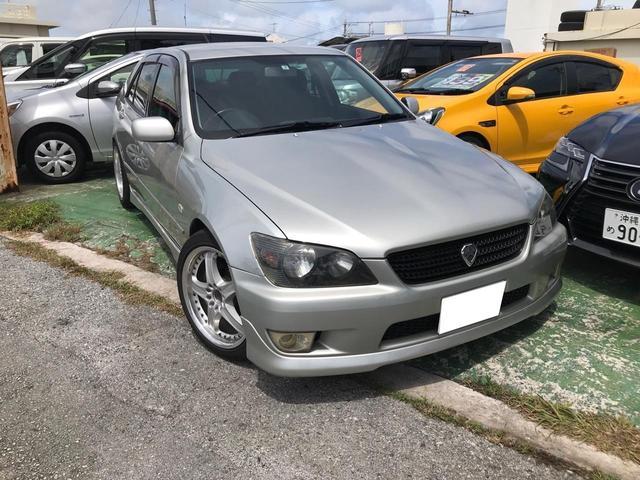 沖縄県の中古車ならアルテッツァ RS200 Zエディション MT6速 後期 ナビ TV