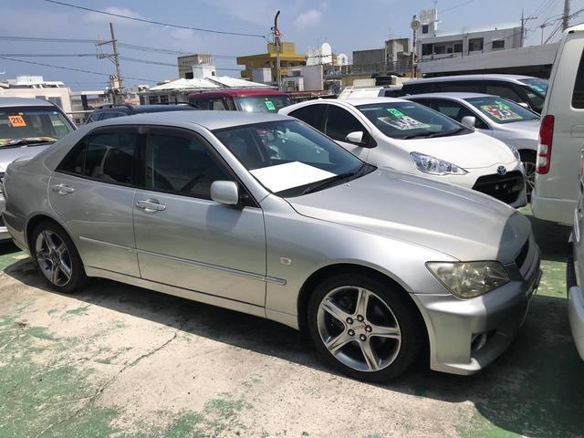 沖縄県宜野湾市の中古車ならアルテッツァ RS200 リミテッドナビパッケージ ナビ アルミ ETC HID 6MT キーレス