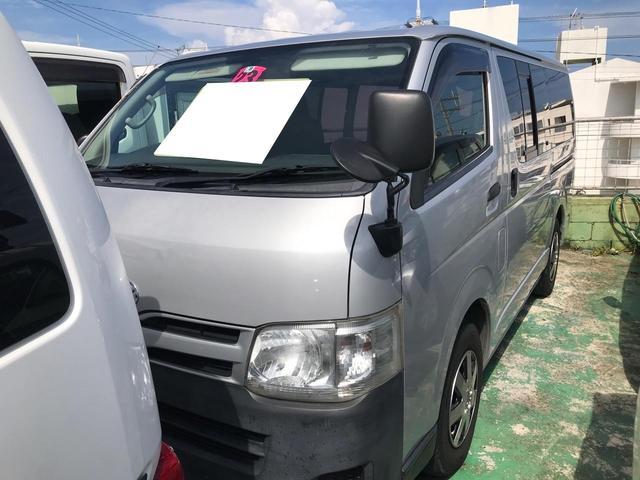 沖縄の中古車 トヨタ ハイエースバン 車両価格 85万円 リ済込 2011(平成23)年 18.8万km シルバー