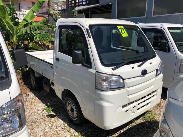 沖縄の中古車 スバル サンバートラック 車両価格 52万円 リ済込 2015(平成27)年 11.3万km ホワイト