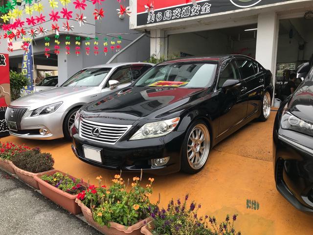 沖縄の中古車 レクサス LS 車両価格 145万円 リ済別 2009(平成21)年 11.0万km ブラック