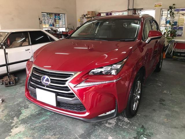 沖縄の中古車 レクサス NX 車両価格 379万円 リ済込 2015(平成27)年 1.7万km レッド