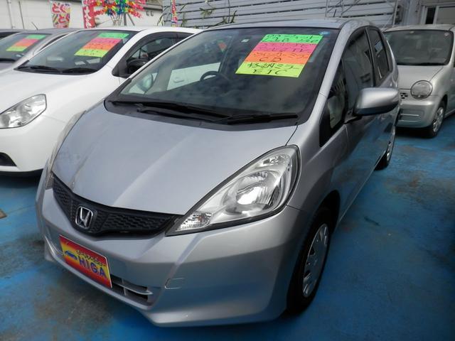 沖縄の中古車 ホンダ フィット 車両価格 43万円 リ済込 2011(平成23)年 5.3万km シルバー