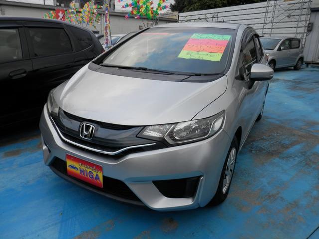沖縄の中古車 ホンダ フィット 車両価格 65万円 リ済込 2013(平成25)年 2.0万km シルバーM