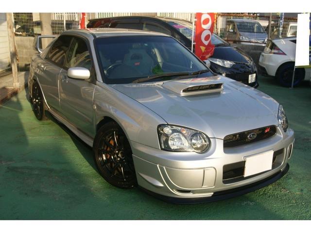 沖縄県の中古車ならインプレッサ WRX STi・6速・2年間保証付(長期延長も可能)