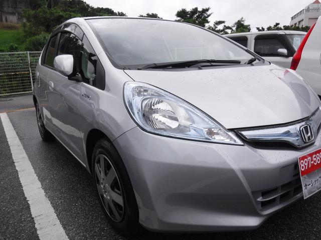 沖縄県の中古車ならフィットハイブリッド ベースグレード2年保証ETC