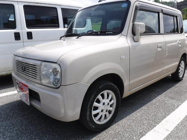 沖縄の中古車 スズキ アルトラパン 車両価格 25万円 リ済込 2005(平成17)年 8.2万km ベージュ