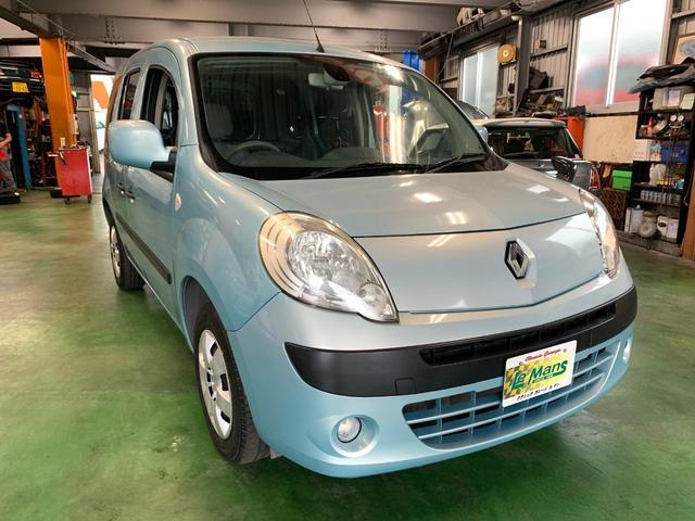 沖縄の中古車 ルノー カングー 車両価格 73.9万円 リ済別 2010(平成22)年 7.4万km ライトブルーM