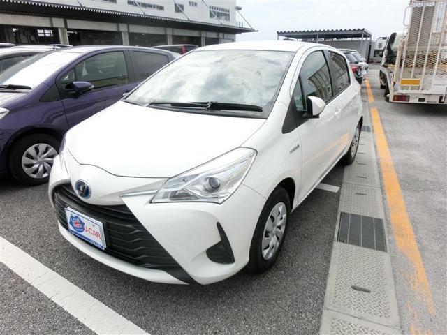 沖縄の中古車 トヨタ ヴィッツ 車両価格 137.5万円 リ済別 2018(平成30)年 2.4万km シロ