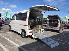 沖縄の中古車 ダイハツ アトレーワゴン 車両価格 93万円 リ済込 平成24年 7.5万K パールホワイト