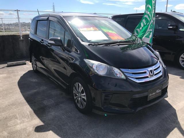 沖縄の中古車 ホンダ フリード 車両価格 99万円 リ済込 2013(平成25)年 8.0万km ブラック