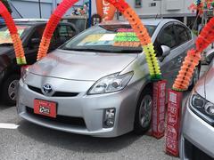 沖縄の中古車 トヨタ プリウス 車両価格 89万円 リ済別 平成23年 4.2万K シルバー