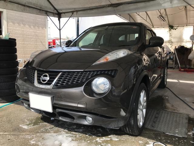 沖縄の中古車 日産 ジューク 車両価格 99万円 リ済込 2013(平成25)年 5.4万km ブラウン