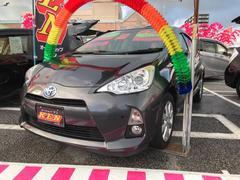 沖縄の中古車 トヨタ アクア 車両価格 89万円 リ済込 平成25年 7.2万K グレー