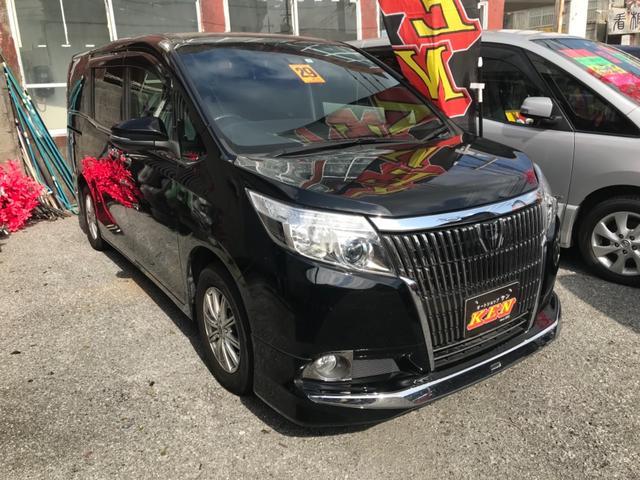 沖縄の中古車 トヨタ エスクァイア 車両価格 188万円 リ済込 2017(平成29)年 6.8万km ブラック