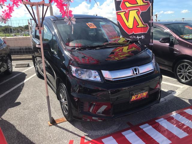 沖縄の中古車 ホンダ フリードスパイク 車両価格 65万円 リ済込 2014(平成26)年 9.2万km ブラック