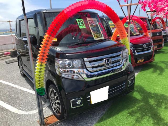 沖縄の中古車 ホンダ N-BOXカスタム 車両価格 112万円 リ済込 2017(平成29)年 4.0万km ブラック