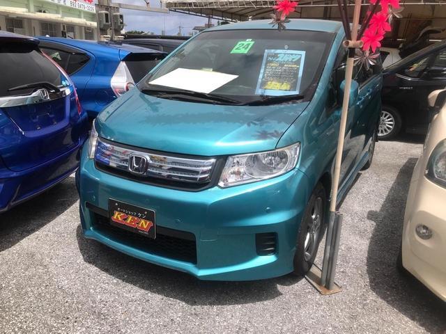 沖縄の中古車 ホンダ フリードスパイク 車両価格 69万円 リ済込 2012(平成24)年 6.7万km ライトブルー