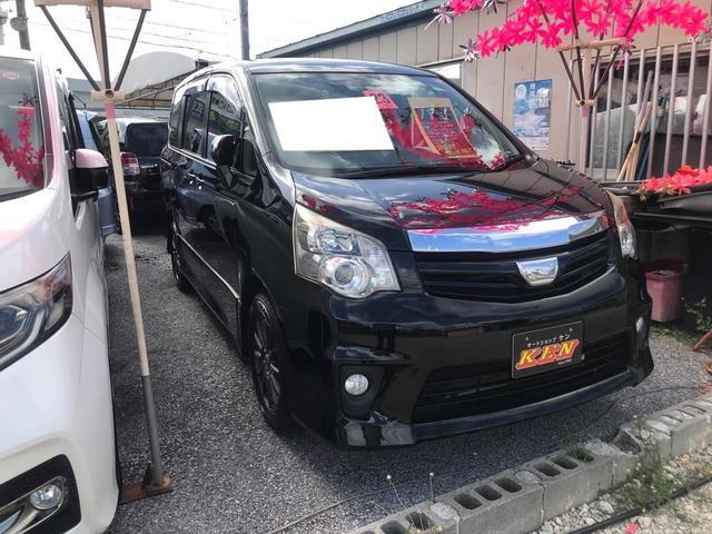 沖縄の中古車 トヨタ ノア 車両価格 75万円 リ済込 2011(平成23)年 8.5万km ブラック