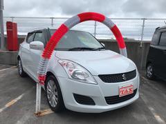 沖縄の中古車 スズキ スイフト 車両価格 78万円 リ済込 平成23年 4.8万K パールホワイト