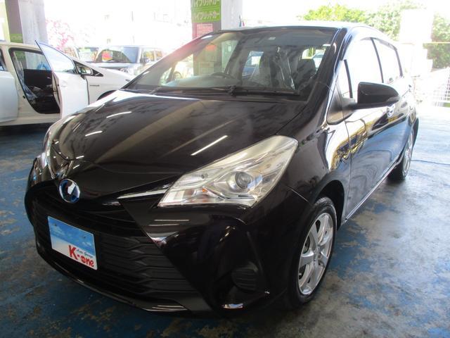 沖縄の中古車 トヨタ ヴィッツ 車両価格 119万円 リ済込 平成29年 0.2万km ダークパープル