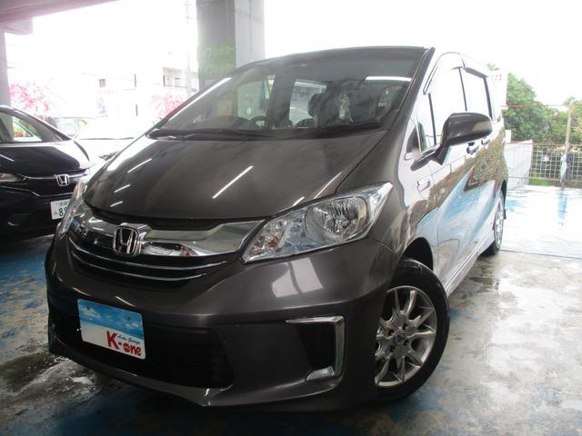 沖縄の中古車 ホンダ フリードハイブリッド 車両価格 143万円 リ済込 平成27年 6.7万km グレーM