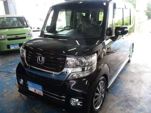 沖縄の中古車 ホンダ N-BOXカスタム 車両価格 118万円 リ済込 2016(平成28)年 5.6万km ブラック