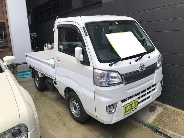 沖縄の中古車 ダイハツ ハイゼットトラック 車両価格 55万円 リ済込 2016(平成28)年 8.1万km ホワイト