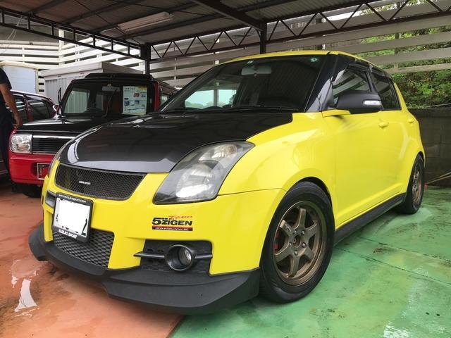 沖縄県中頭郡中城村の中古車ならスイフト スポーツ 5MT FRPカーボンボンネット 社外アルミ フルエアロ
