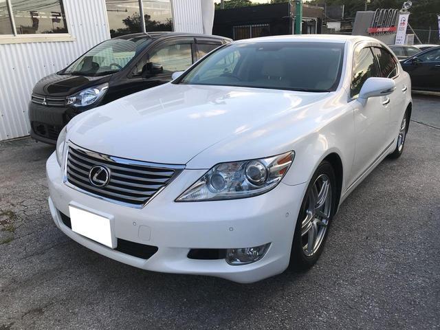 沖縄の中古車 レクサス LS 車両価格 149万円 リ済込 2010(平成22)年 9.0万km パールホワイト