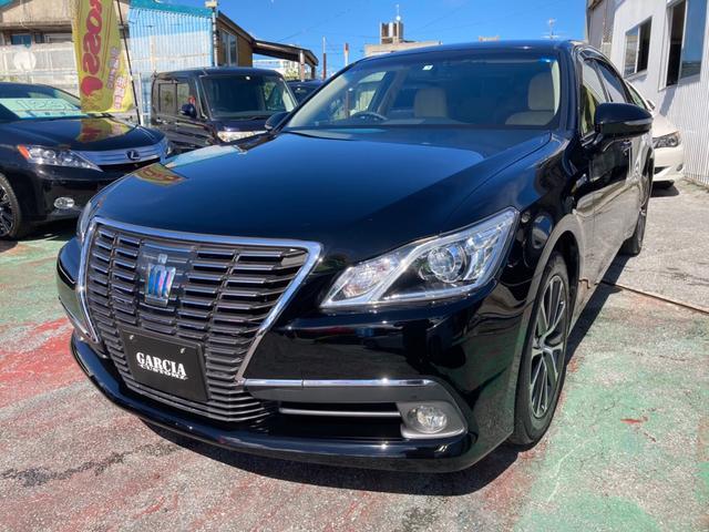 沖縄の中古車 トヨタ クラウンハイブリッド 車両価格 189万円 リ済込 2013(平成25)年 8.4万km ブラック