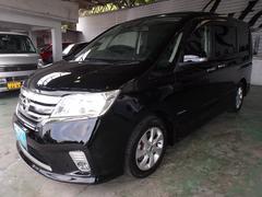 沖縄の中古車 日産 セレナ 車両価格 153万円 リ済込 平成25年 6.1万K ブラック