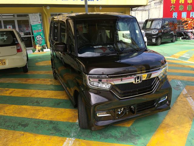 沖縄県の中古車ならN-BOXカスタム G・Lホンダセンシング届出済み未使用車
