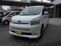 沖縄の中古車 トヨタ ヴォクシー 車両価格 95万円 リ済込 平成20年 7.6万K パールホワイト