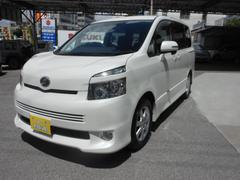 沖縄の中古車 トヨタ ヴォクシー 車両価格 69万円 リ済込 平成19年 11.2万K パールホワイト