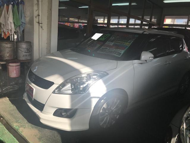 沖縄の中古車 スズキ スイフト 車両価格 59万円 リ済込 平成24年 9.5万km パールホワイト