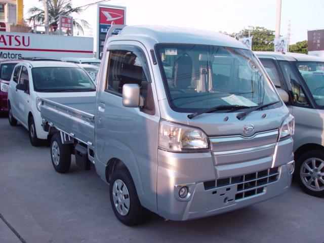 沖縄の中古車 ダイハツ ハイゼットトラック 車両価格 80万円 リ済込 新車  シルバー