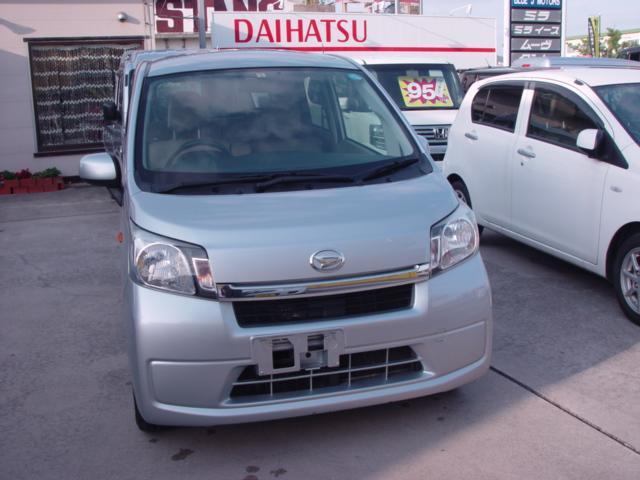 沖縄の中古車 ダイハツ ムーヴ 車両価格 39万円 リ済込 平成26年 6.8万km シルバー