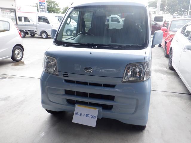 沖縄の中古車 ダイハツ ハイゼットカーゴ 車両価格 59万円 リ済込 平成25年 6.3万km ホワイト
