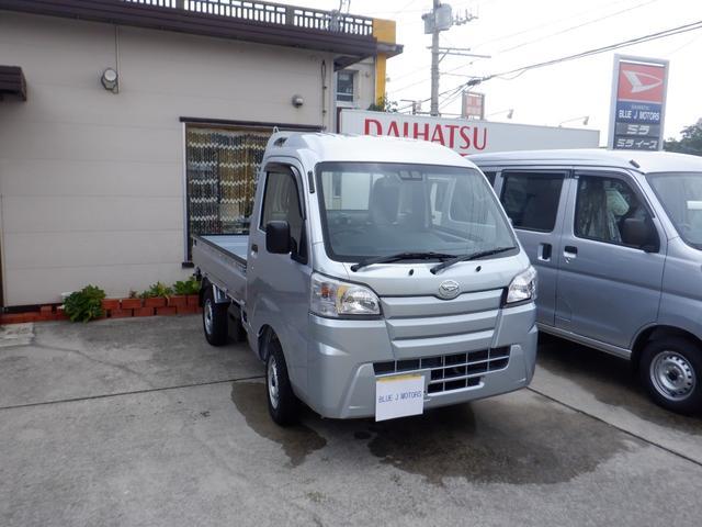 沖縄の中古車 ダイハツ ハイゼットトラック 車両価格 83万円 リ済込 2019(令和1)年 6km シルバー