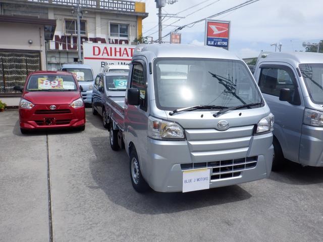 沖縄の中古車 ダイハツ ハイゼットトラック 車両価格 84万円 リ済込 2019(令和1)年 6km シルバー
