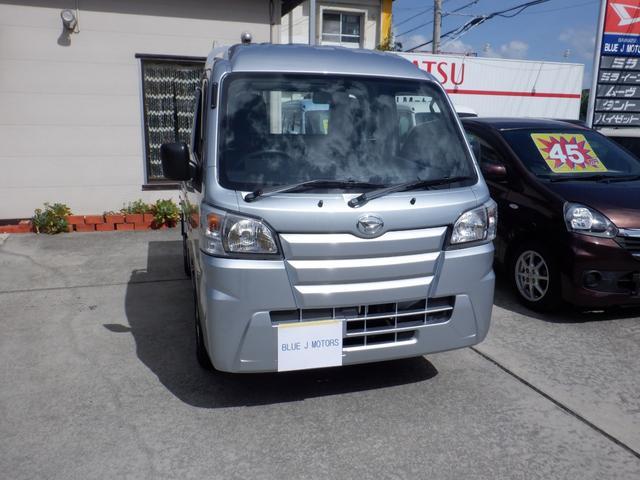 沖縄の中古車 ダイハツ ハイゼットトラック 車両価格 79万円 リ済込 2019(令和1)年 6km シルバー