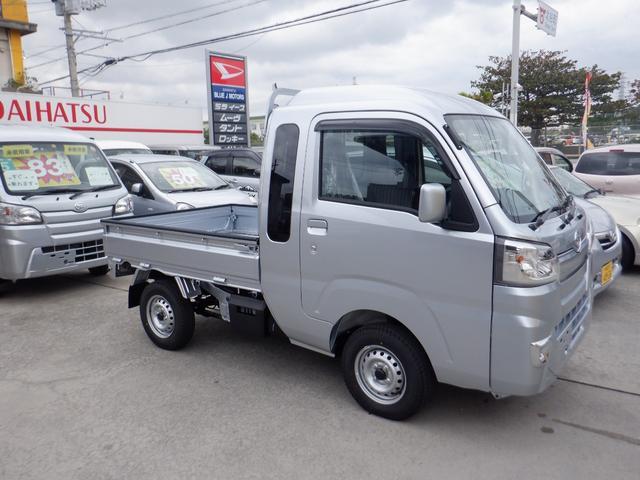 沖縄の中古車 ダイハツ ハイゼットトラック 車両価格 107万円 リ済込 2020(令和2)年 6km シルバー