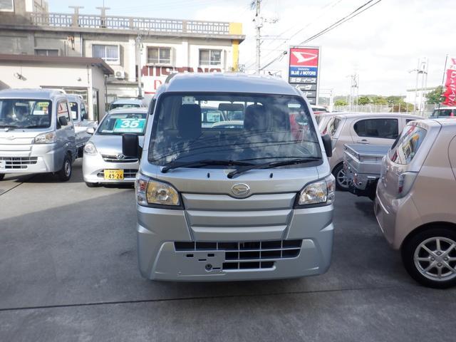 沖縄の中古車 ダイハツ ハイゼットトラック 車両価格 89万円 リ済込 2020(令和2)年 6km シルバー