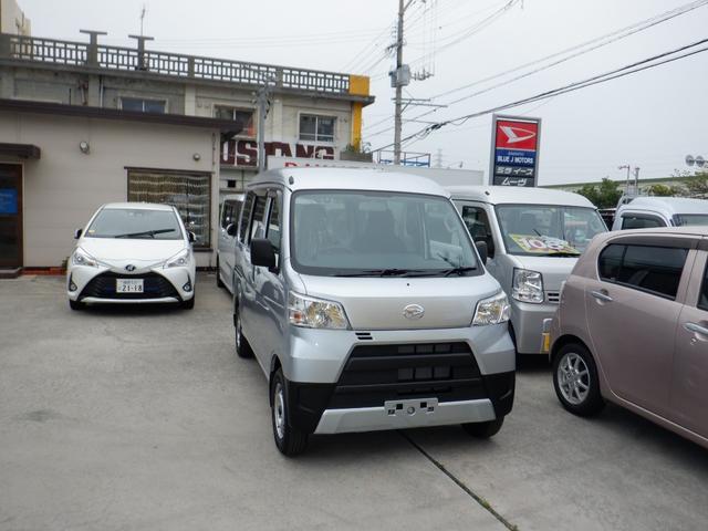 宜野湾市 BLUE J MOTORS ダイハツ ハイゼットカーゴ DXキーレス パワーウインドウ シルバー 5km 2020(令和2)年