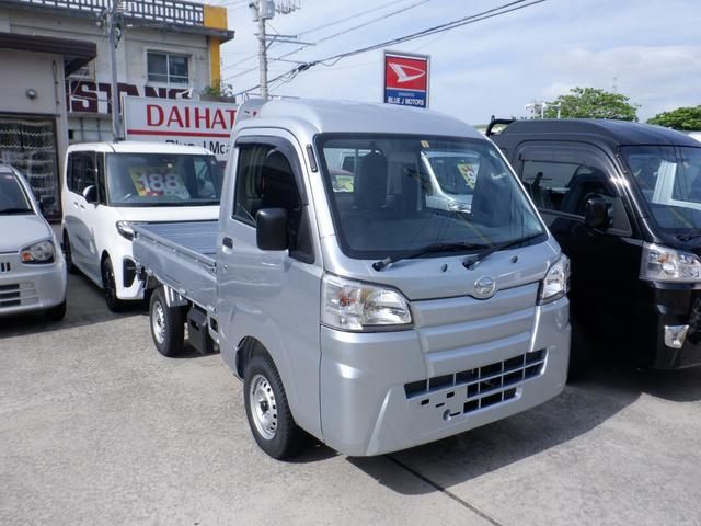沖縄の中古車 ダイハツ ハイゼットトラック 車両価格 82万円 リ済込 2020(令和2)年 6km シルバー