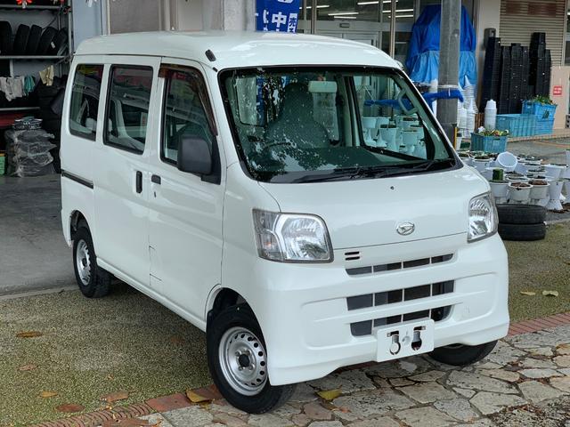 沖縄の中古車 ダイハツ ハイゼットカーゴ 車両価格 39万円 リ済込 2013(平成25)年 10.0万km ホワイト